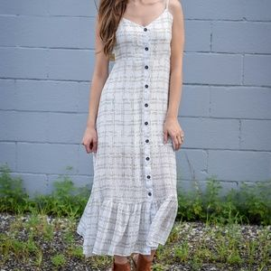 NEW WITH TAGS Black and White Plaid Maxi Dress